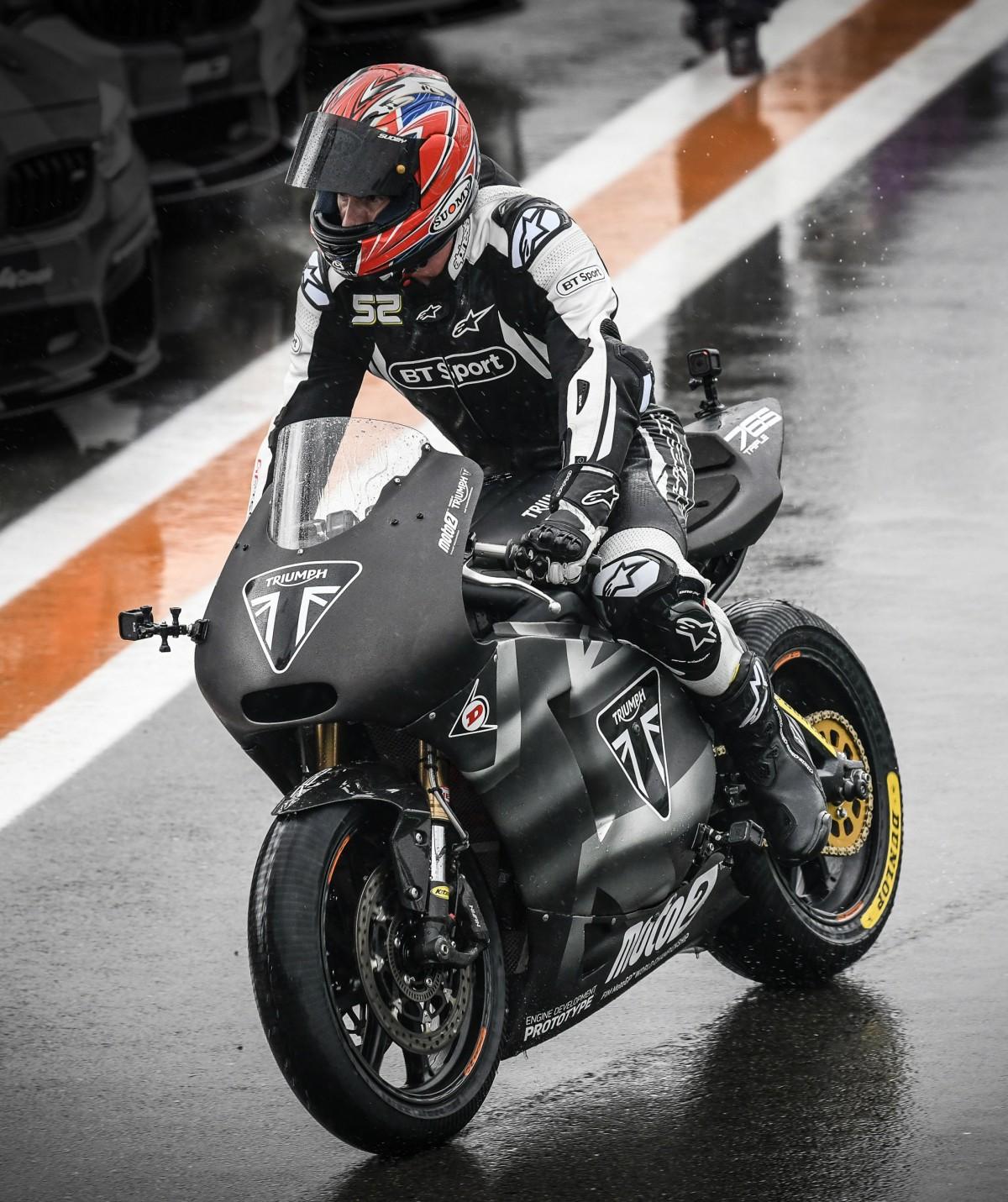 Triumph Motorcycles debuta en Moto2 rompiendo marcas