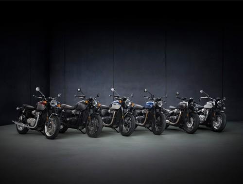 La familia Bonneville de Triumph Motorcycles evoluciona en 2021