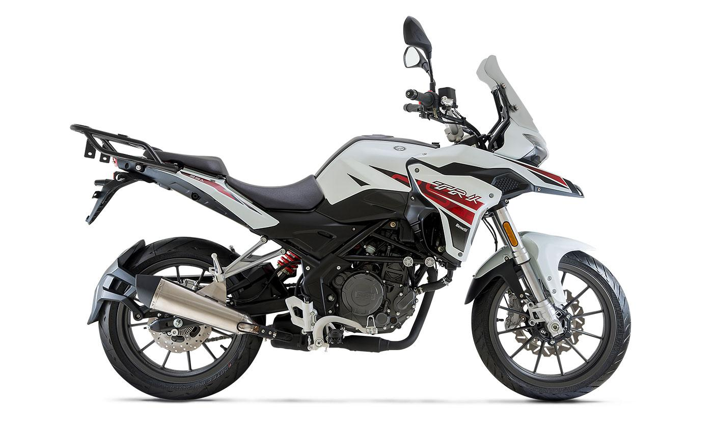 adventure-y-touring-benelli-trk-251